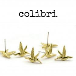 Clou - colibri (regard à...